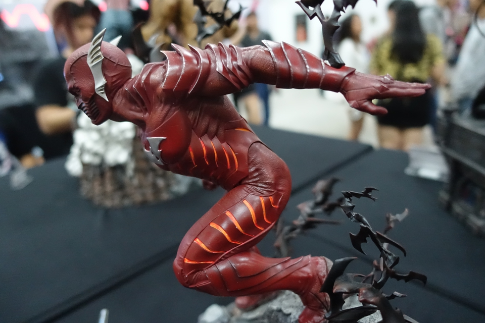 Premium Collectibles : Red Death 1/6 12hpj49