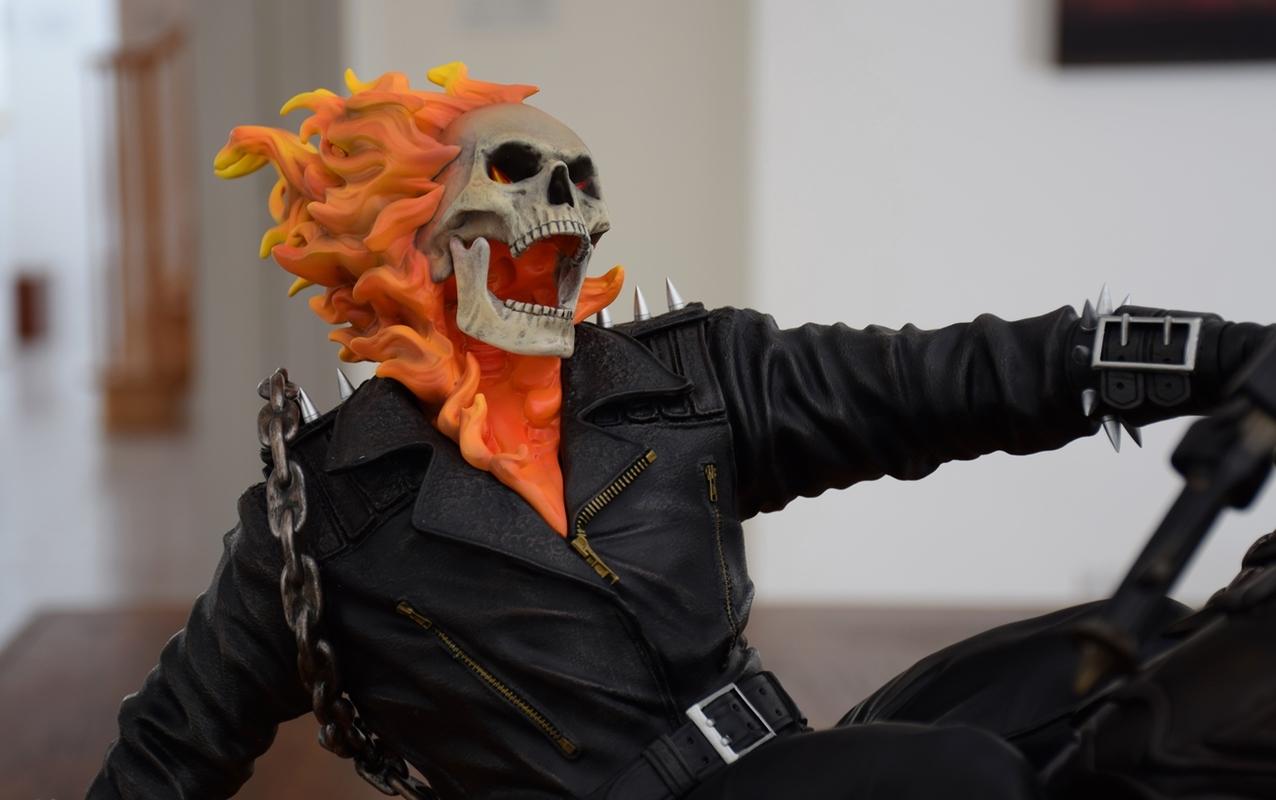 Premium Collectibles : Ghost Rider - Page 4 12qfujo