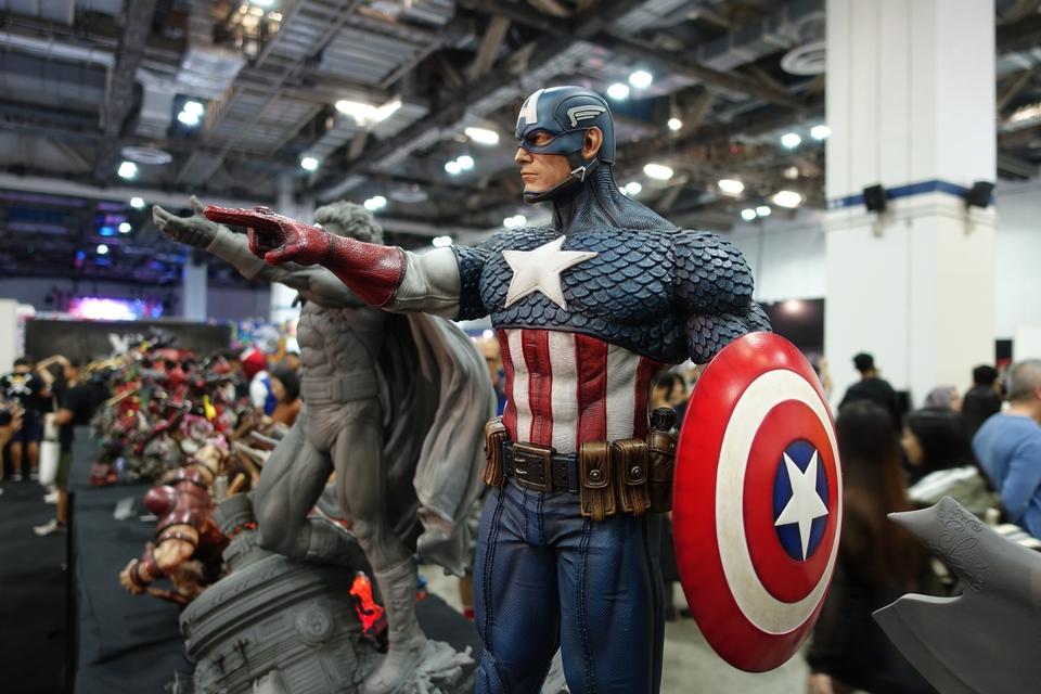 Premium Collectibles : Captain America 1/3 12r9kg0