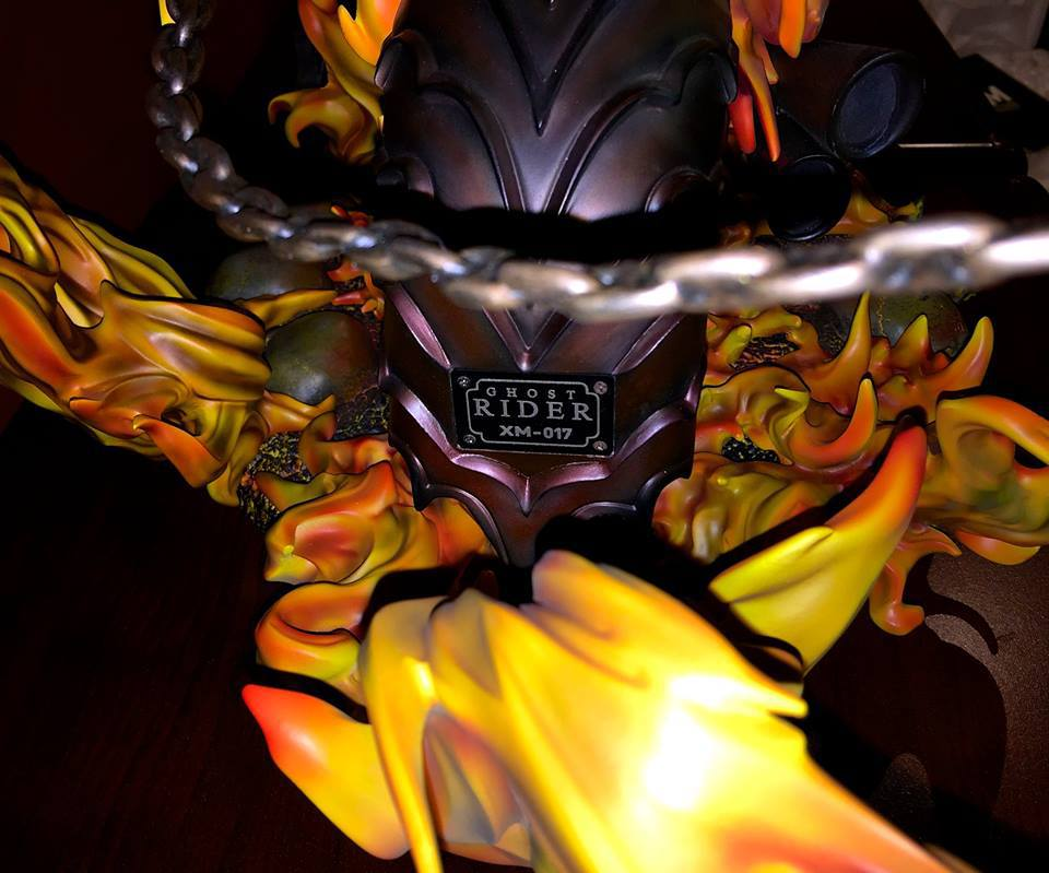 Premium Collectibles : Ghost Rider - Page 6 1340uca