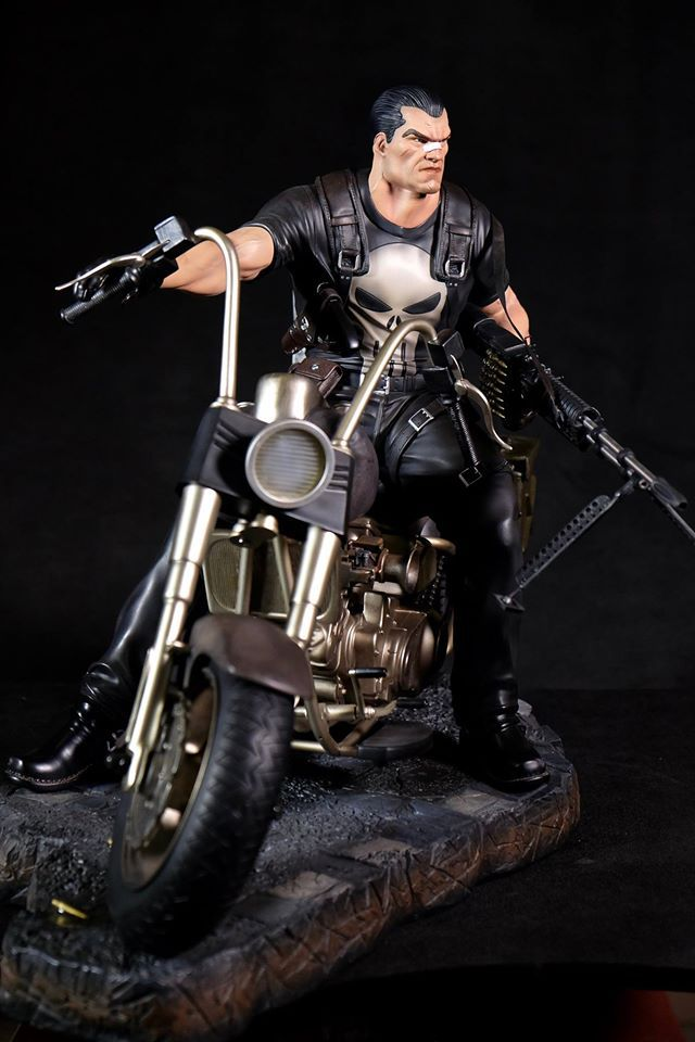 Premium Collectibles : Punisher - Page 5 134vuh1
