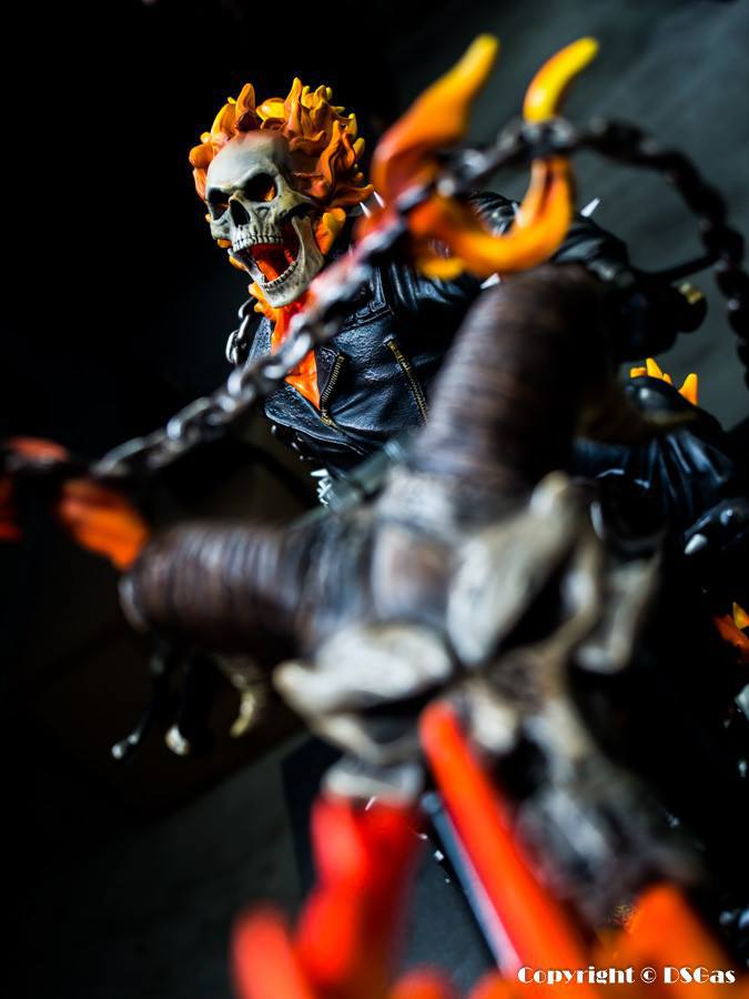 Premium Collectibles : Ghost Rider - Page 5 134xsvc