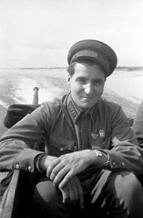 Konstantin M. Simonow 13_4ehk9x