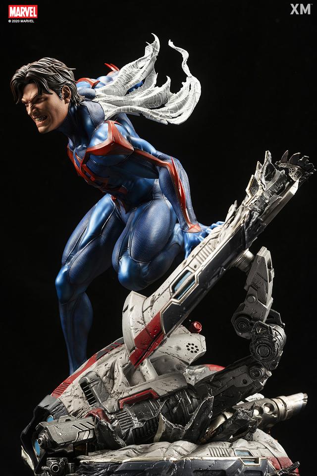 Premium Collectibles : Spider-Man 2099 13b9uk4q