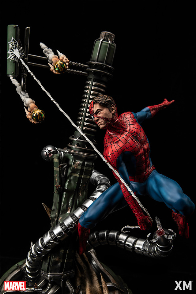 Premium Collectibles : Spiderman** 13bofbj
