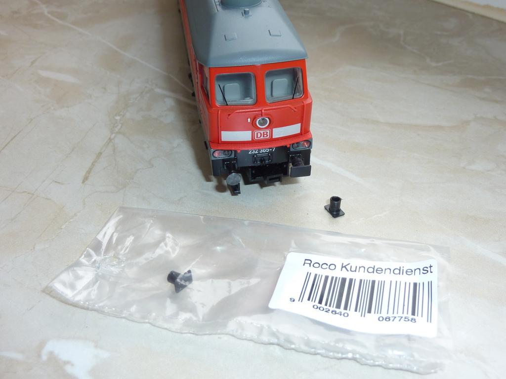Märklin BR 232 (36420 1.Ausführung und ähnliche) mit eckigen Puffern ausstatten 13oz8h