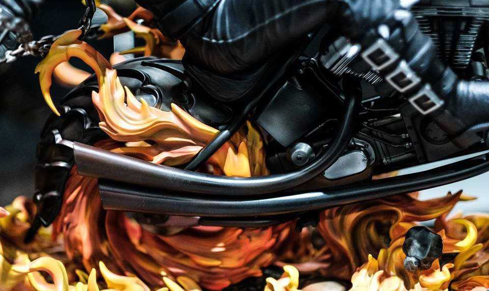 Premium Collectibles : Ghost Rider - Page 6 13tbs4i