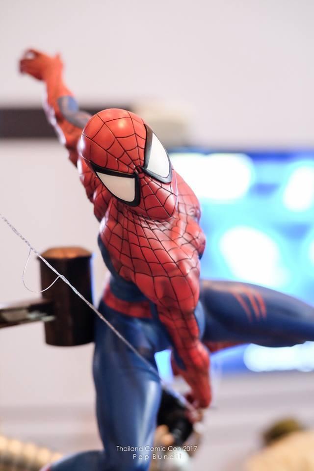 Premium Collectibles : Spiderman** 13w3ue6