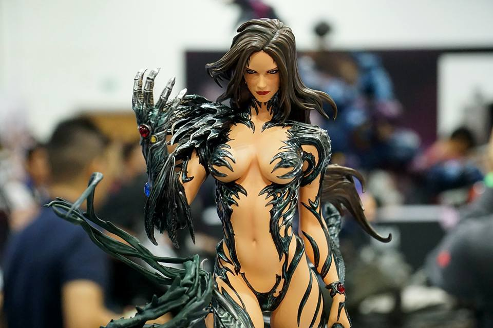 Premium Collectibles : Witchblade - Page 3 14233057_727606447405h9jun