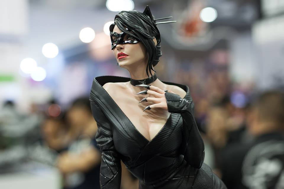 Premium Collectibles : Catwoman - Page 2 14238190_1232009183515sxj3