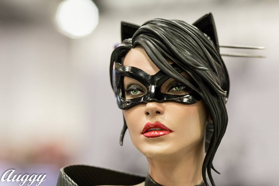 Premium Collectibles : Catwoman - Page 2 14322497_124326295237y4zqw