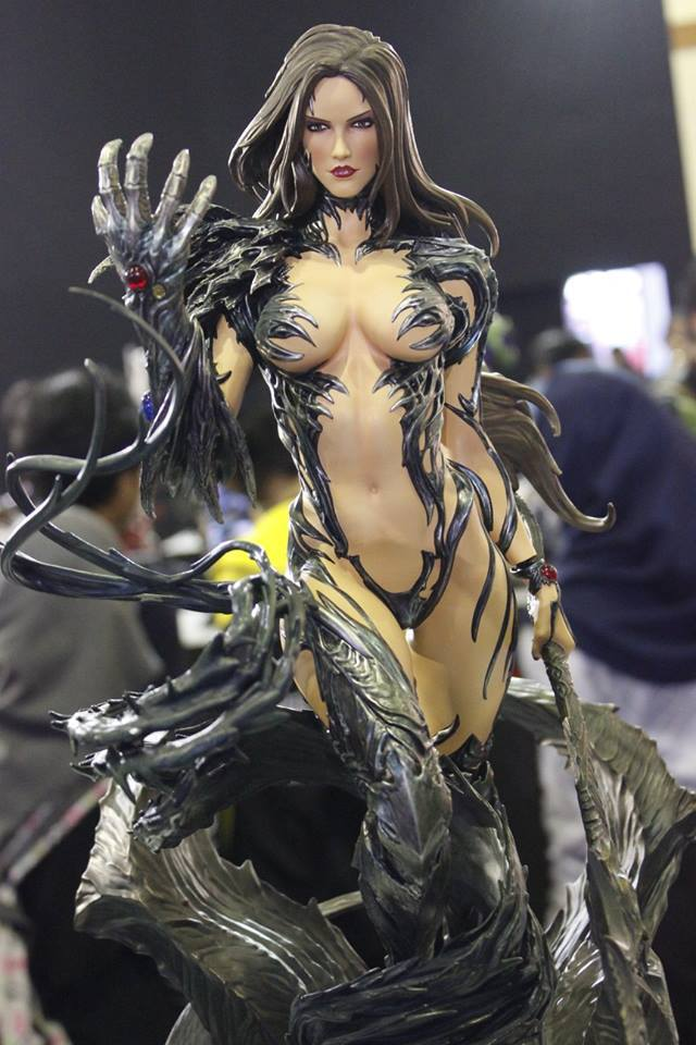 Premium Collectibles : Witchblade - Page 3 14462862_1015425724537exy1