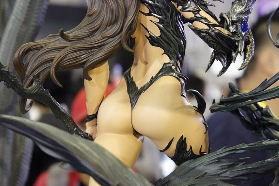 Premium Collectibles : Witchblade - Page 3 14520577_1015425983702bb9x