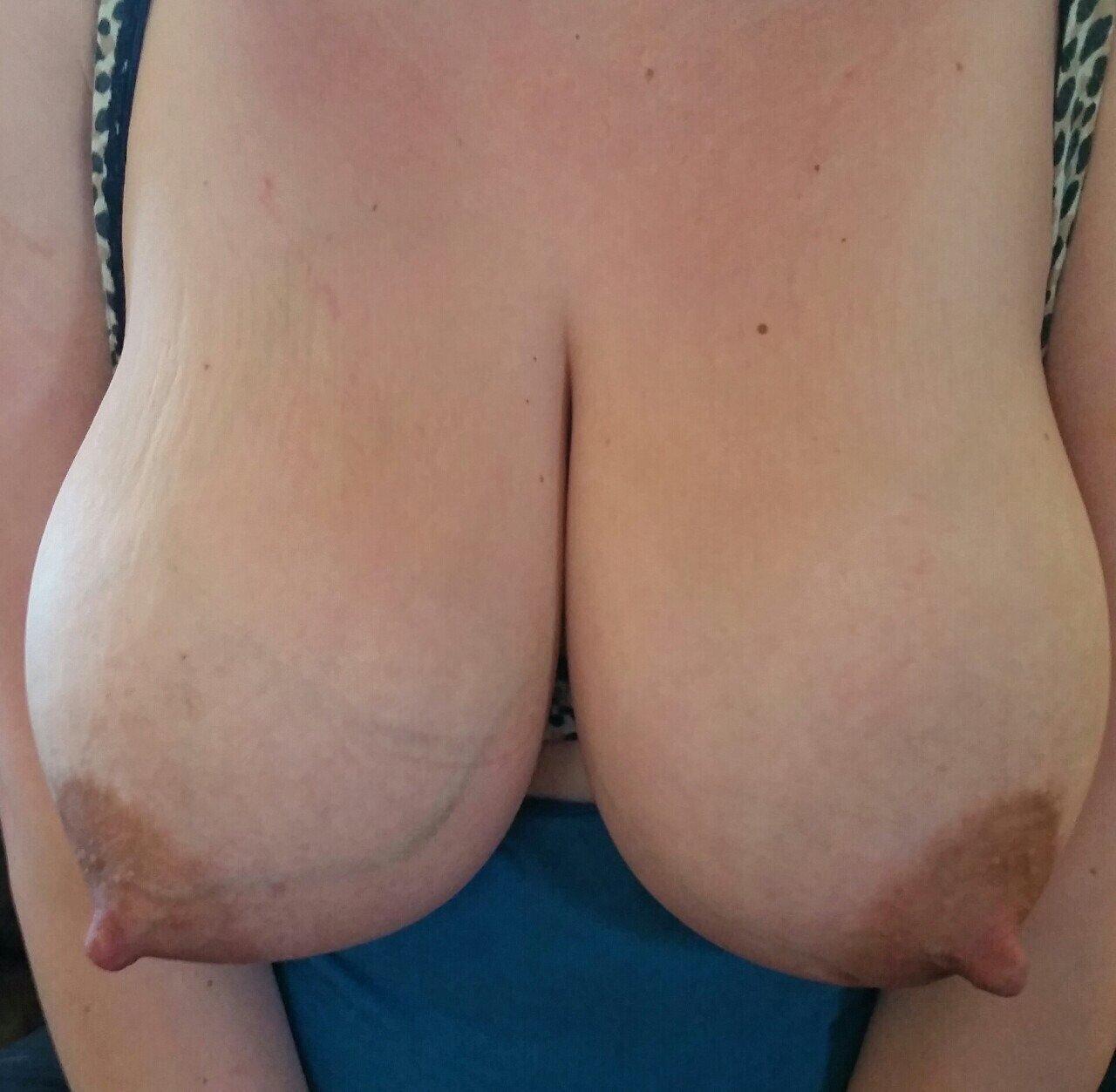 Видео женщин с отвисшими грудями