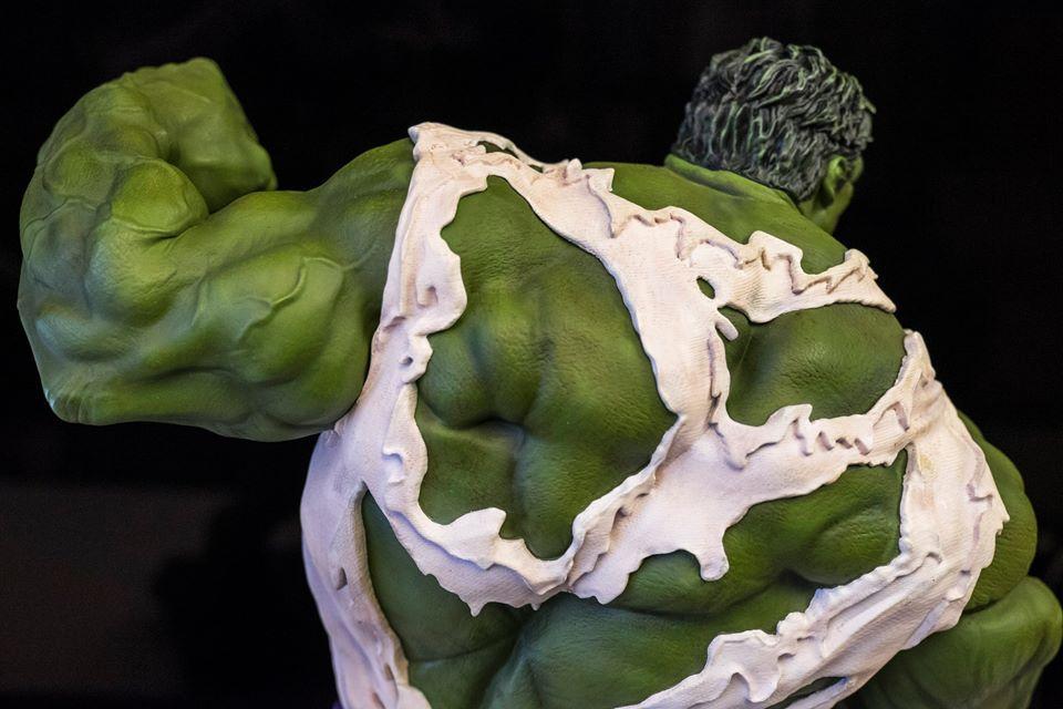 Premium Collectibles : Incredible Hulk - Comics Version - Page 2 14590380_198751076147hupy7