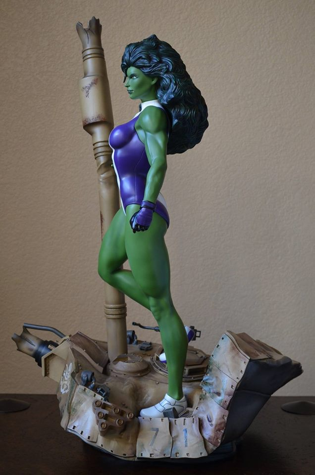 Premium Collectibles : She Hulk - Page 4 14612568_215245058164t5qd2