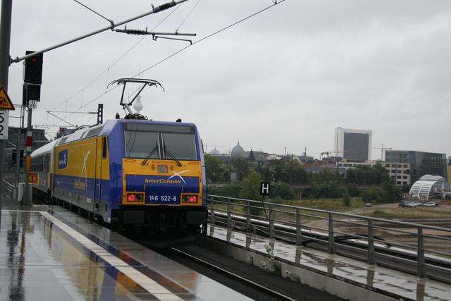 146 522-8 Ausfahrt Berlin Hauptbahnhof