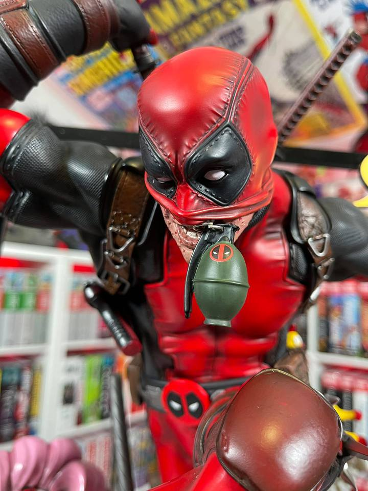 Premium Collectibles : DeadPool ** - Page 2 147730930_1393834690999jcy