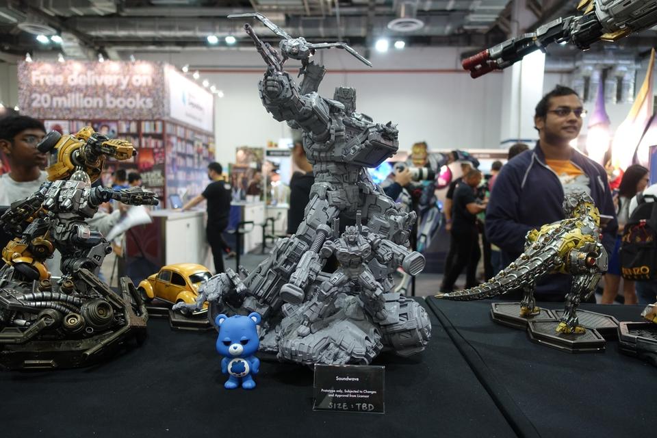 Premium Collectibles : Transformers - Soundwave (G1)  147j9n