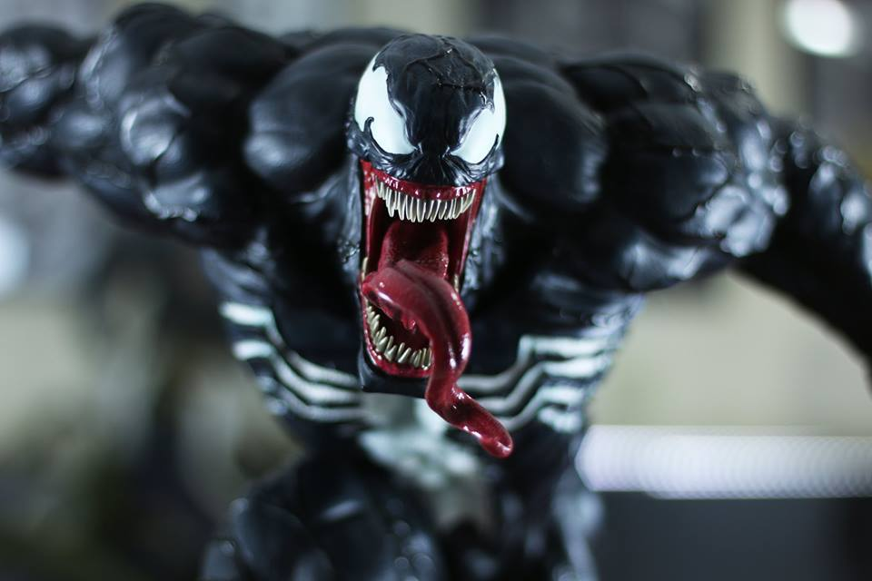 Premium Collectibles : Venom - Comics Version - Page 5 14ceua9