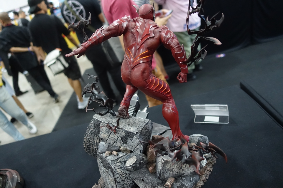 Premium Collectibles : Red Death 1/6 14q4k8m