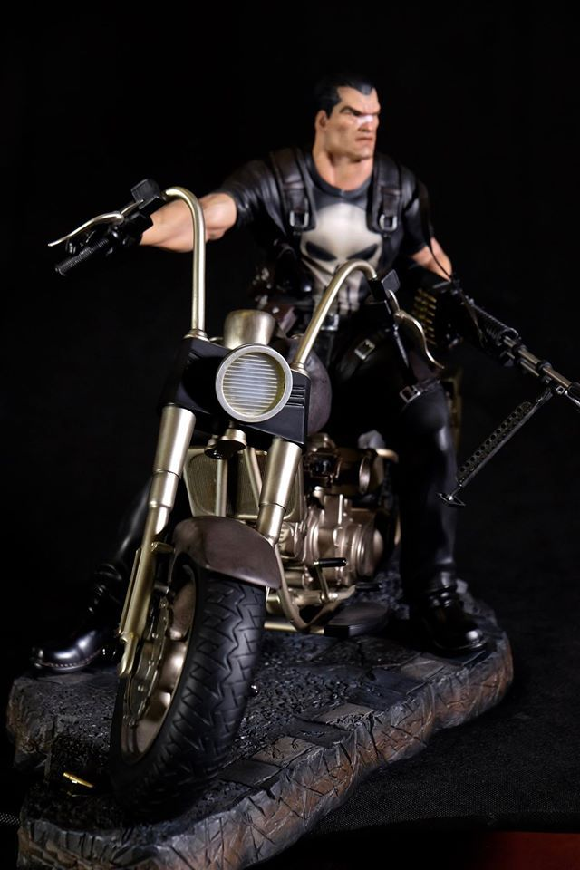 Premium Collectibles : Punisher - Page 5 14stunc