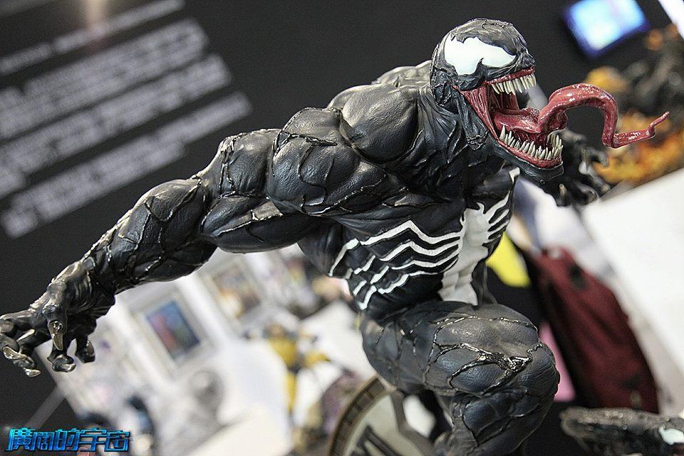 Premium Collectibles : Venom - Comics Version - Page 4 15036367_131046995231xjsow