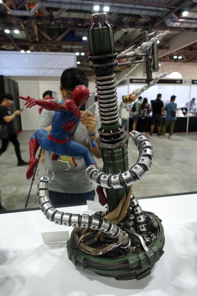 Premium Collectibles : Spiderman** 155lda2