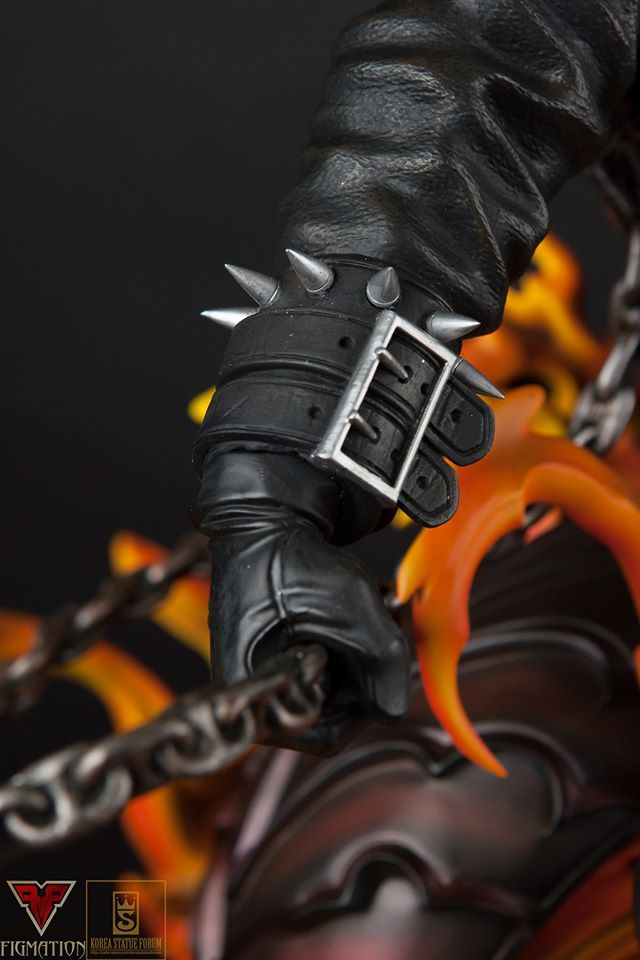 Premium Collectibles : Ghost Rider - Page 6 15724615_1260125914065glt1