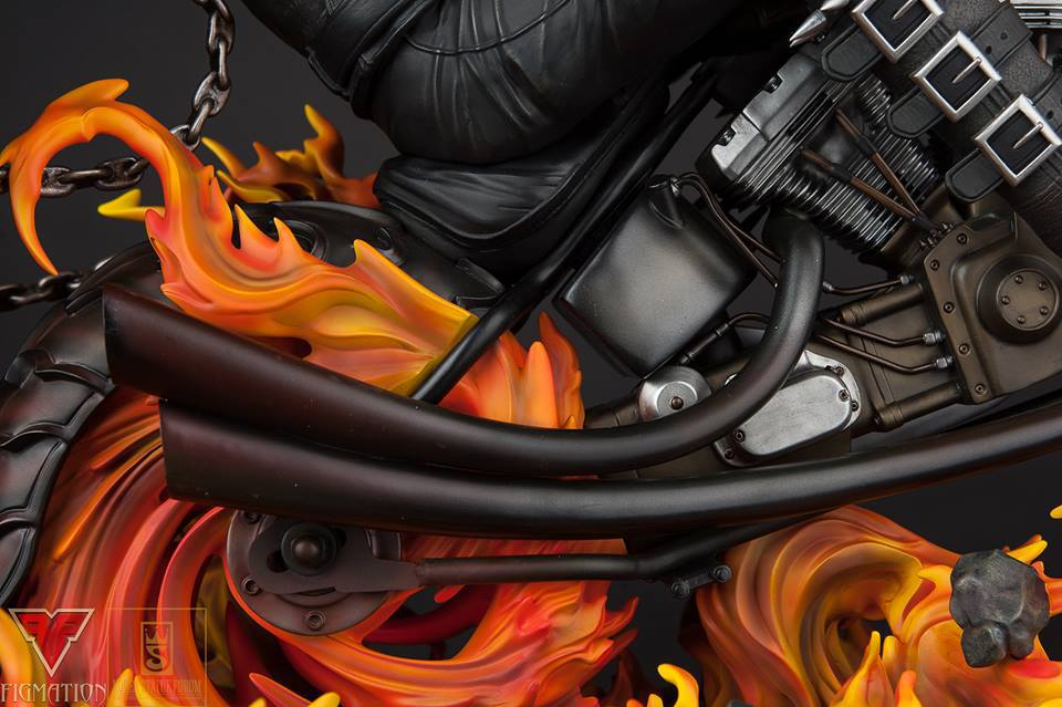 Premium Collectibles : Ghost Rider - Page 6 15741070_126012621406j7yzk