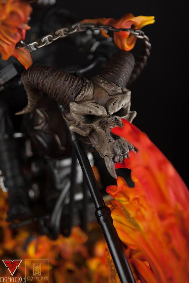 Premium Collectibles : Ghost Rider - Page 6 15800249_126012536073vxsdf