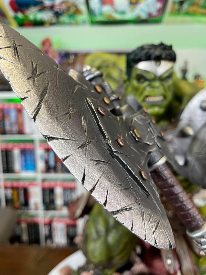 Premium Collectibles : Planet Hulk / King Hulk** - Page 2 158426456_14152468888zmkjx