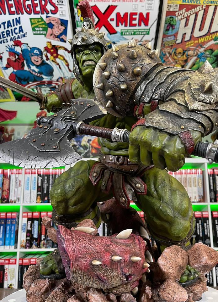 Premium Collectibles : Planet Hulk / King Hulk** - Page 2 158500585_14152466154kxklz