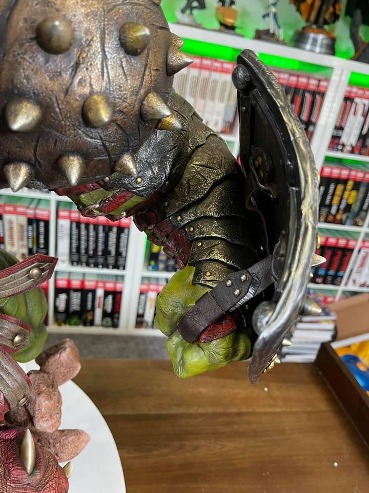 Premium Collectibles : Planet Hulk / King Hulk** - Page 2 158576465_14152467421kkkvv
