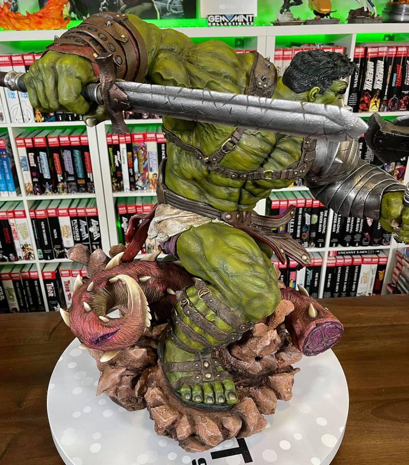 Premium Collectibles : Planet Hulk / King Hulk** - Page 2 158605224_14152468421j0kwl