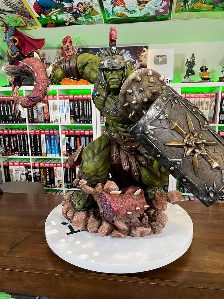 Premium Collectibles : Planet Hulk / King Hulk** - Page 2 158674657_14152467721zak7a