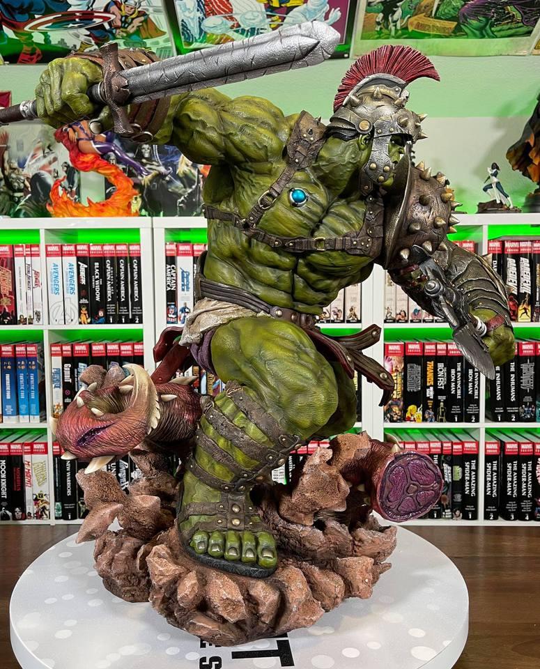 Premium Collectibles : Planet Hulk / King Hulk** - Page 2 158684624_14152469154jykv7
