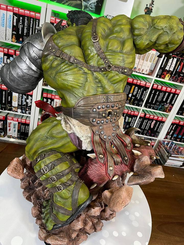 Premium Collectibles : Planet Hulk / King Hulk** - Page 2 158797620_14152466721szk19