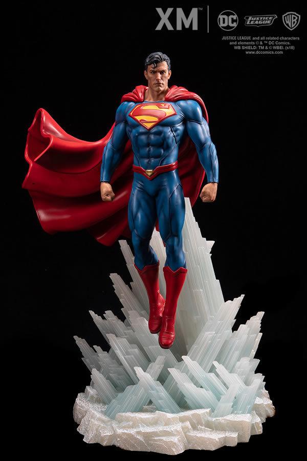 Premium Collectibles : JLA Superman 1/6**   15zks4