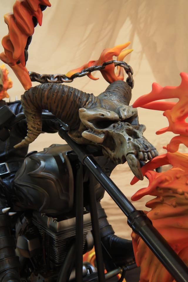 Premium Collectibles : Ghost Rider - Page 6 16003181_1056935171101hkua