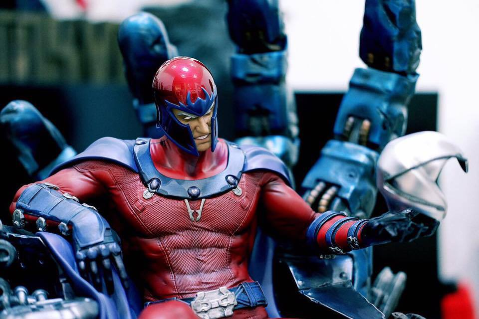 Premium Collectibles : Magneto on Sentinel Throne - Page 23 16649000_1837271783207us7f