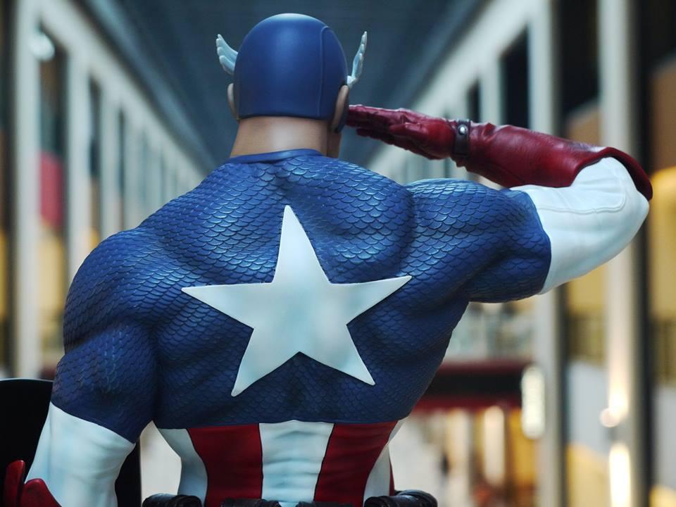 Premium Collectibles : Captain America - Sentinel of liberty - Page 5 16807208_125519500789jejjv