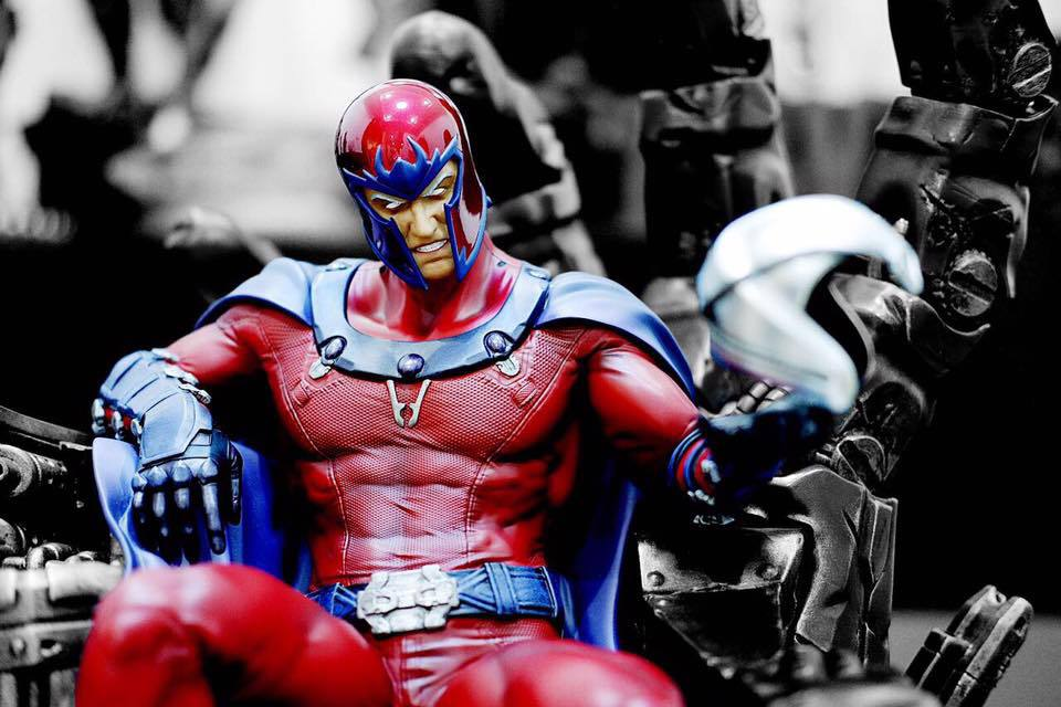 Premium Collectibles : Magneto on Sentinel Throne - Page 23 16864088_1837271843205vsyh