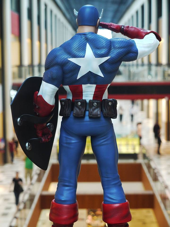Premium Collectibles : Captain America - Sentinel of liberty - Page 5 16938932_125519483456xlkjp
