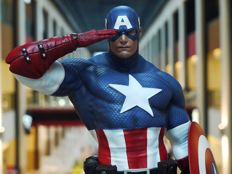 Premium Collectibles : Captain America - Sentinel of liberty - Page 5 16996161_1255194454564ujsl