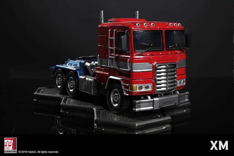 Premium Collectibles : Transformers - Optimus Prime (G1) - Page 2 16bwst1