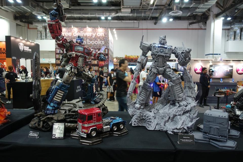 Premium Collectibles : Transformers - Nemesis Prime (G1) 16wjwd
