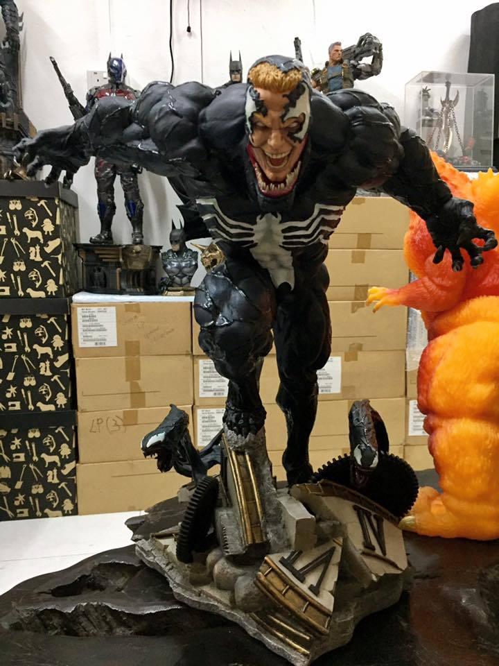 Premium Collectibles : Venom - Comics Version - Page 4 17626196_102129630807kisxw