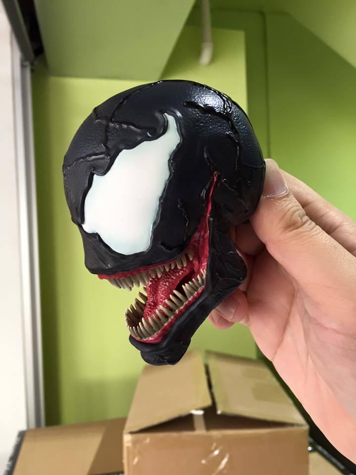 Premium Collectibles : Venom - Comics Version - Page 4 17796080_1845938982299bkef