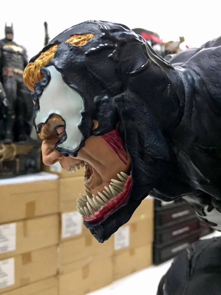 Premium Collectibles : Venom - Comics Version - Page 4 17800178_102129630775nhs28